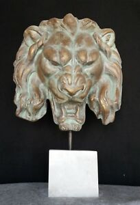 Tete-de-lion-antique-patine-bronze-vert-dore-piece-faite-a-la-main-h-63-cm-x-43