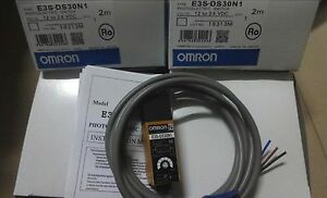 OMRON  E3S-AD88  PHOTOELECTRIC SWITCH  **NEW**