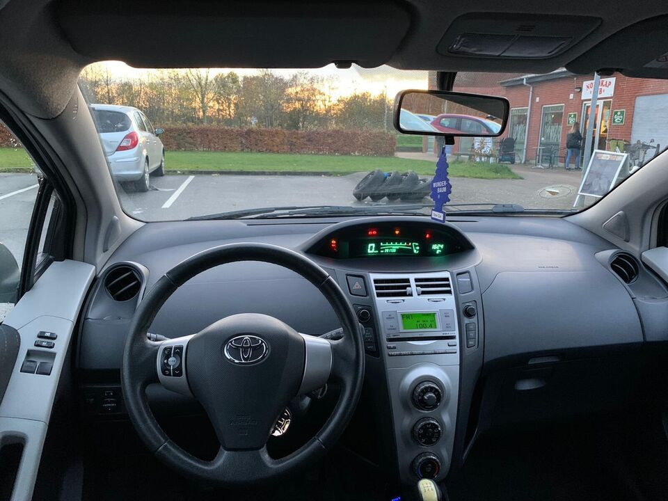 Toyota Yaris, 1,4 D-4D DL, Diesel