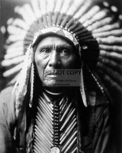CHIEF-THREE-HORSES-BY-EDWARD-S-CURTIS-LAKOTA-SIOUX-WARRIOR-8X10-PHOTO-RT794