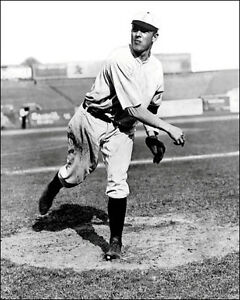 Christy-Mathewson-2-Photo-8X10-New-York-Giants-1905