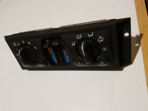 2000 2001 2002 2003 Chevrolet Impala HEAT A//C CLIMATE CONTROL SWITCH 10308121oem
