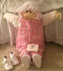 Vintage (pre-1990) Cabbage Patch Kids Knit Outfit Doll Clothes 1985 Vintage 1984 Diaper Lot Nice !!