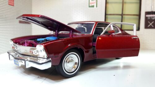 Ford Falcon Maverick 1974 V8 Coupe 1:24 Scale Diecast Detailed Model Car 73326