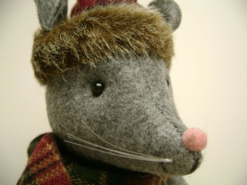 CHRISTMAS MOUSE DOOR MOUSE GREY /& PLAID HOLIDAY CHARM DECOR DOOR STOP