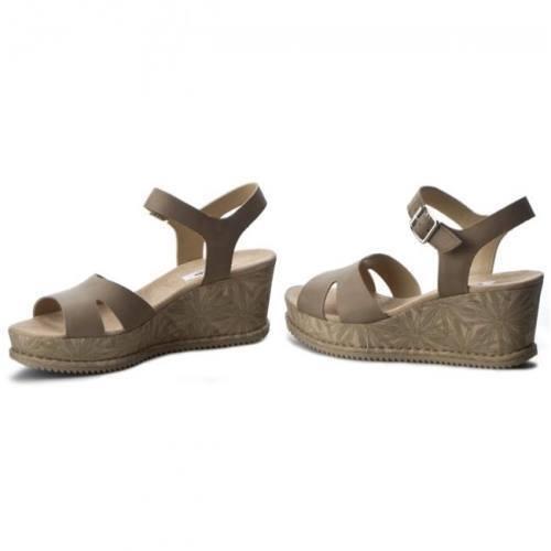 Nuevo Clarks akilah Eden Sage Nubuck Cuña Zapato-UK Talla Talla Talla 6.5D  Envíos y devoluciones gratis.