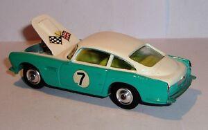 Corgi 309 Aston Martin des années 1960 (concours) Db4 neuf dans une boîte proche