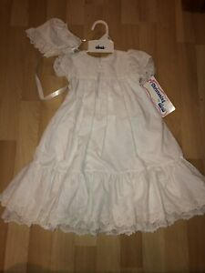 NWT-ALEXIS-Baby-Girls-White-Lace-Ruffle-Christening-Gown-And-Bonnet-Set-3-Months