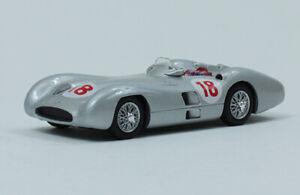 1//43 F1 FORMULA 1 auto collezione MERCEDES W196 JUAN MANUEL FANGIO 1955 MAG #21