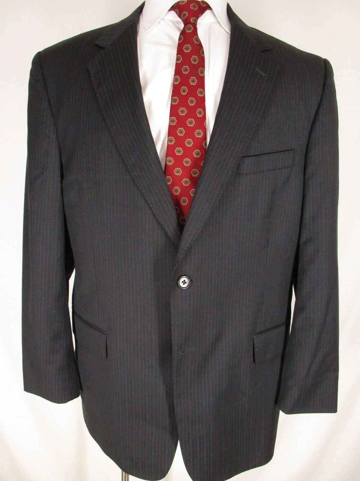 Jos A Bank Signature Gold  Herren Charcoal Stripe 2 Btn Suit 44R