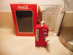 Enesco Coca-Cola Christmas Ornament 1989 Red Vending machine w/box