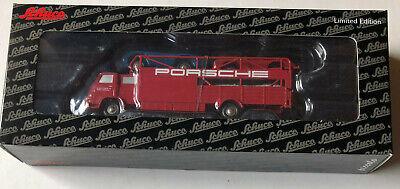 Schuco Piccolo MAN 415 Renntransporter mit drei Porsche Spyder # 450589600