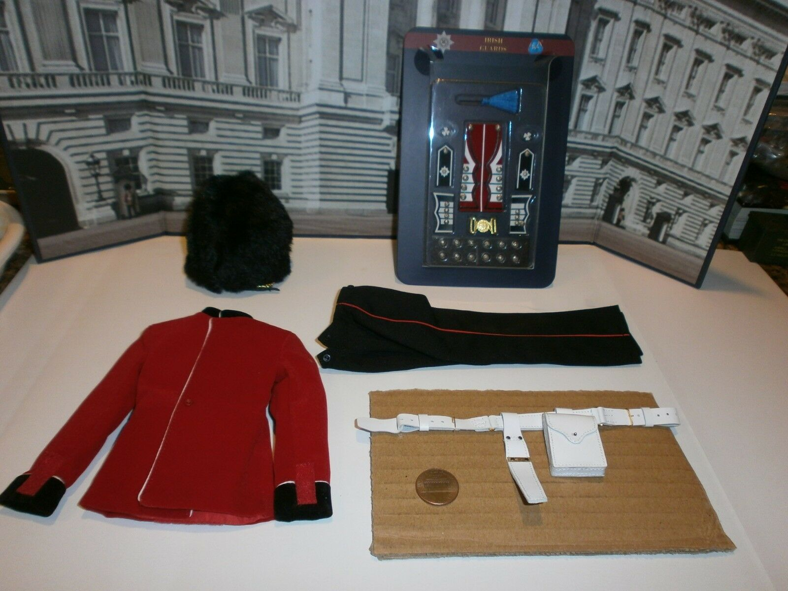 Did The Guards Irish Guards uniform set 1 6th scale toy accessory