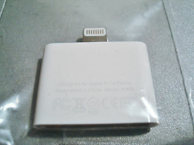 Apple A1468 Authentic Lightning to 30-Pin Adapter iPad/iPod/iPhone (MD823ZM/A)