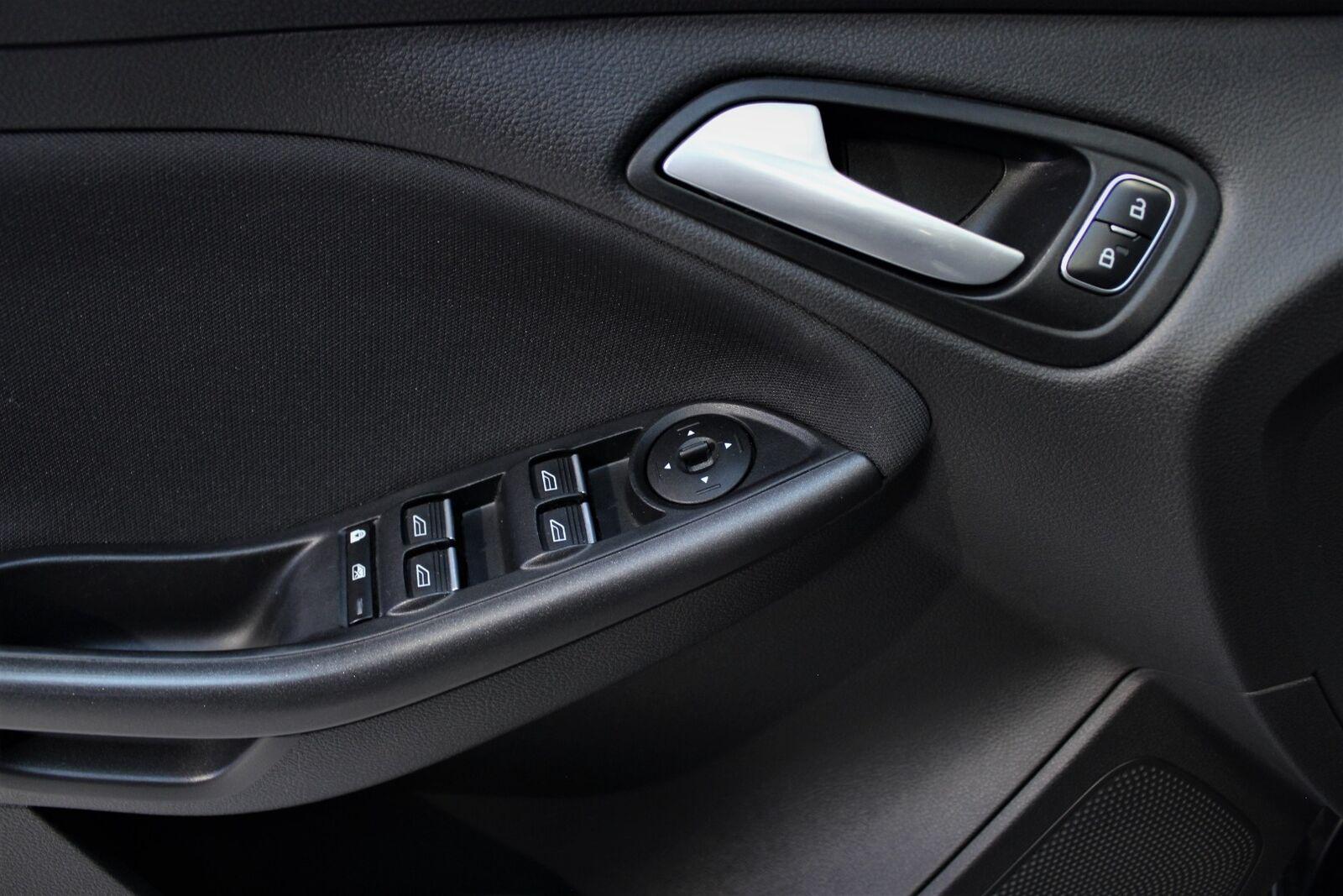 Ford Focus 1,0 SCTi 125 Business stc. - billede 15