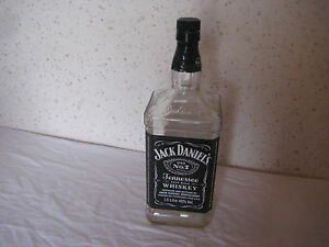 Bouteille-vide-de-Whisky-Jack-Daniel-039-s-150-cl
