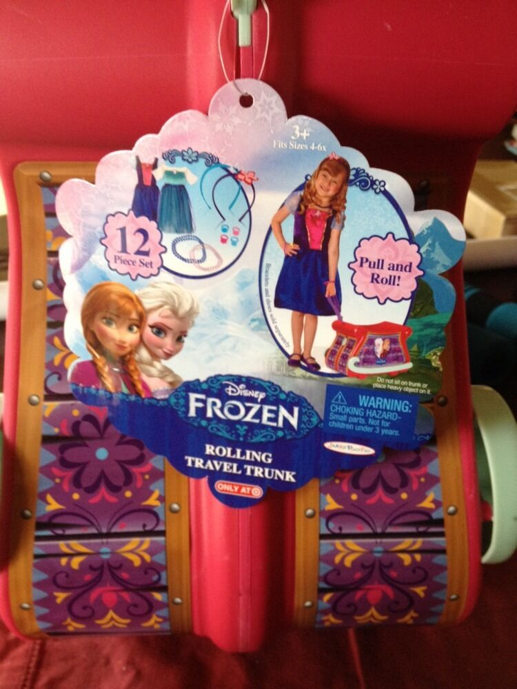 FROZEN ROLLING TRAVEL ANNA AND ELSA DRESSUP TRUNK-RARE  VERY HARD TO FIND NEW