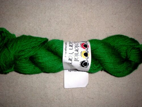 Colonial 3ply Persian Wool Yarn Needlepoint Crewel 1696 Christmas Green Family