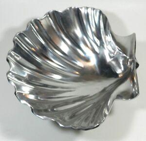 Large Clam Shell Bowl Aluminium