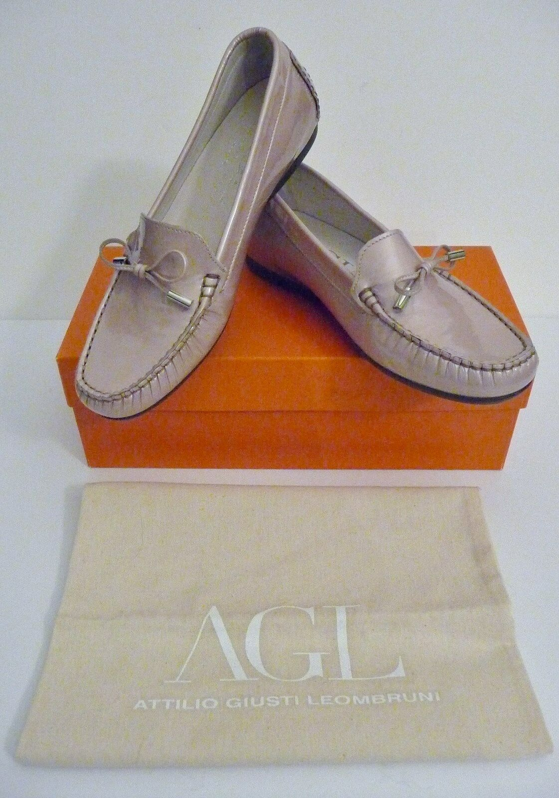 AGL NIB Beige Patent Leather Bow Driving Loafers Size 38.5 8 8.5 B Retail $298