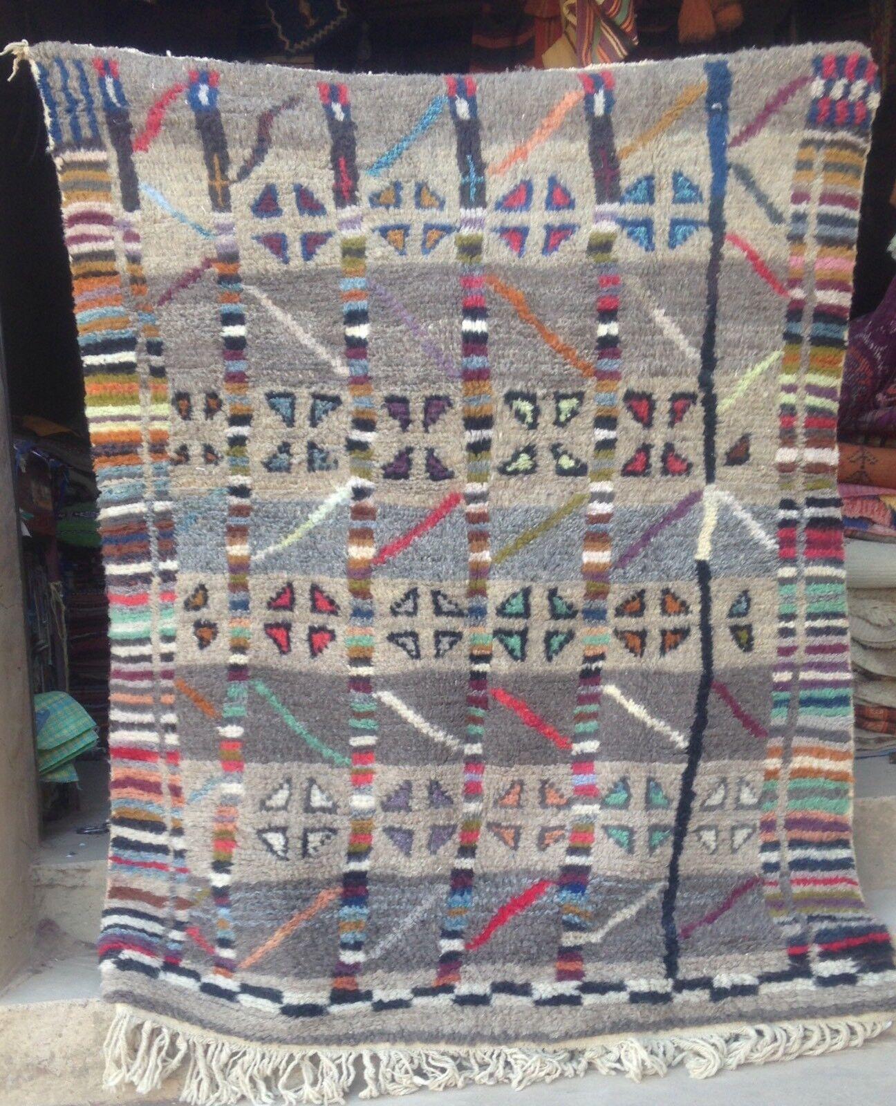 Marocain ourain Beni Ouarain ourain Marocain tribal rug 187 x 154 cm 53ff07