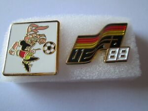 b1-lotto-2-spille-GERMANY-1988-UEFA-european-championship-pins-lot-88