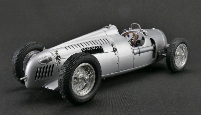 Auto Union Typ C 1936 - 1937 plata, Modellauto 1 18   CMC M034