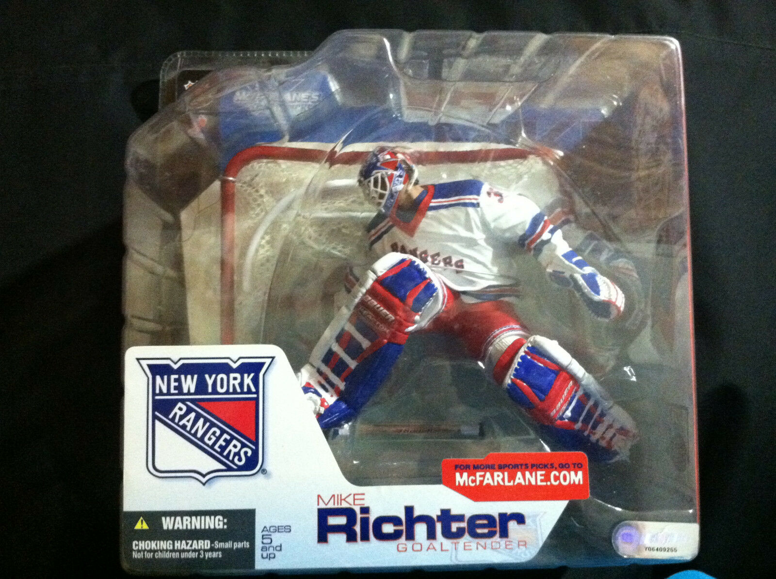 MIKE RICHTER 1994 CHAMPION GOALTENDER WITH NET MCFARLANE FIGURE NEW YORK RANGERS