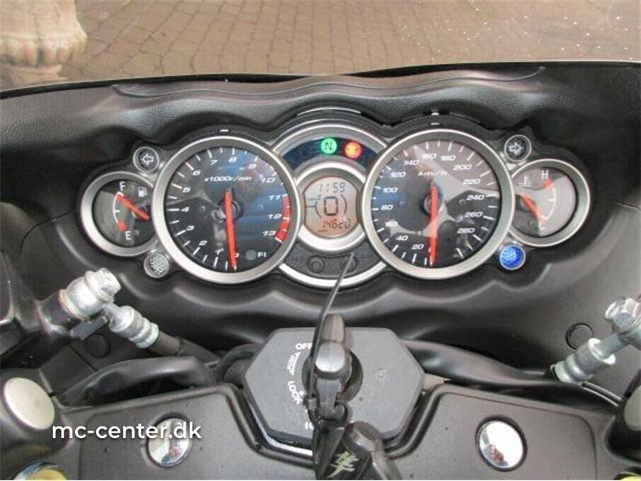 Suzuki, GSX 1300 R Hayabusa, ccm 1300