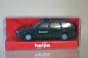 Herpa-1-87-VW-VOLKSWAGEN-PASSAT-VARIANTE-BAHNPOLIZEI-MC