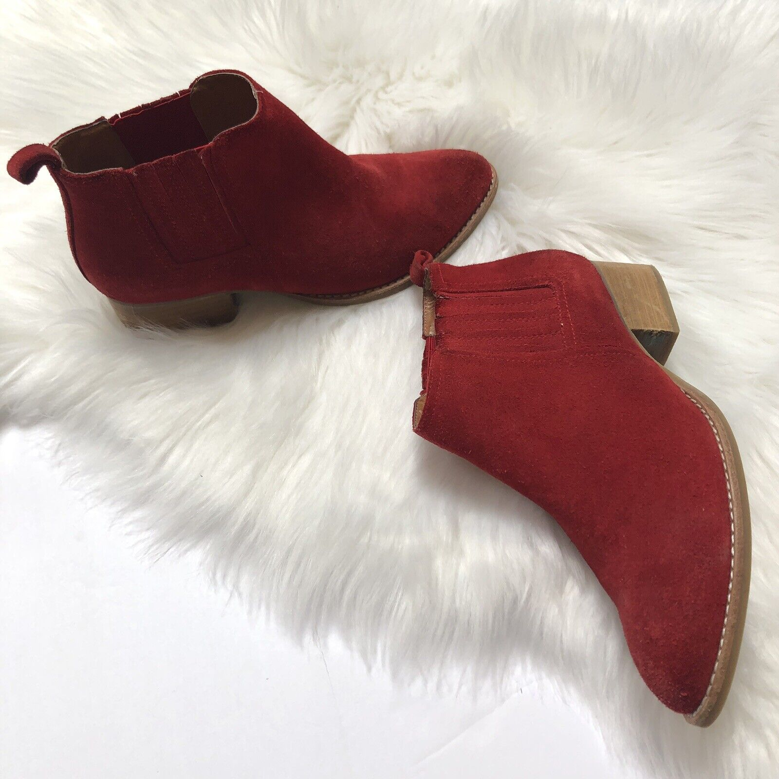EUC Jeffrey Campbell Western Metcalf Ankle Booties Red Suede Size 6.5