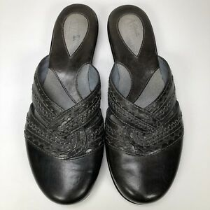 0dbdce11569 Clarks Artisans Womens 7.5 Sandals Slides Black Leather Slip On ...