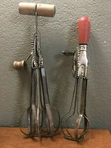 2-Vintage-Hand-Crank-Egg-Beater-Ladd-and-A-amp-J-the-1920s