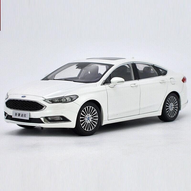 gran selección y entrega rápida Nuevo 1 18 Original 2017 Ford Nuevo Mondeo Diecast Modelo Modelo Modelo Juguetes de Coche + Regalo gratis de pequeñas  mas barato