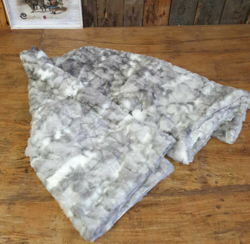 Royal Home Kuscheldecke Decke Tagesdecke Sofa Fell Imitat  Plaid 150 x 200