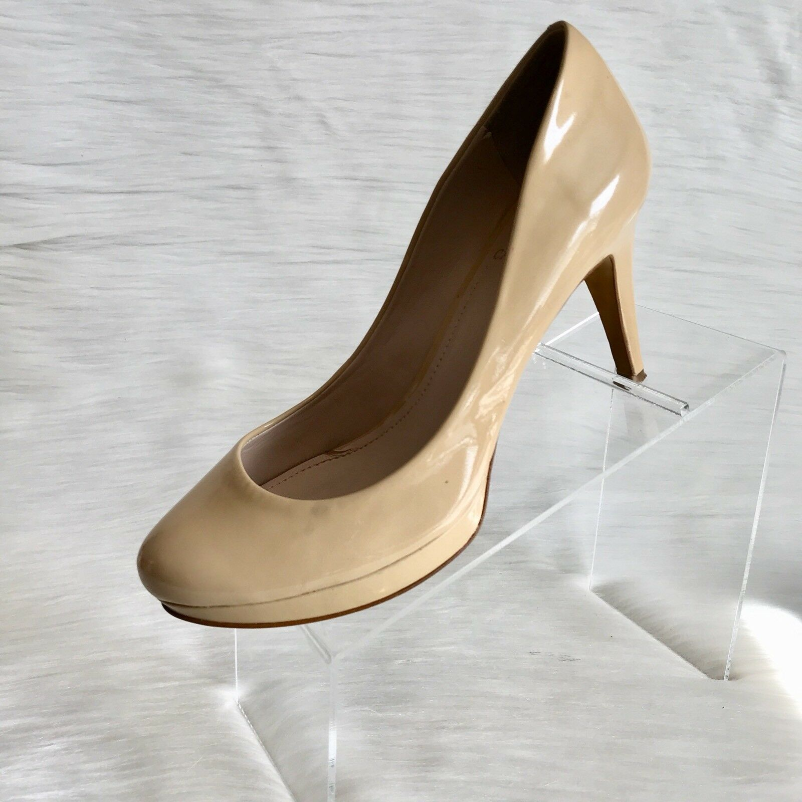 Vince Camuto women's Platform pumps Beige patent leather High Heel  Size 8.5 M