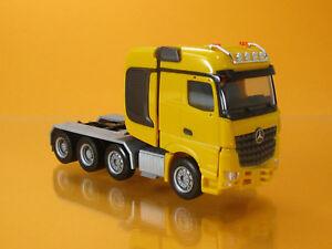 Herpa-307734-002-Mercedes-Benz-AROCS-Bigspace-Schwerlast-ZGM-gelb-Scale-1-87