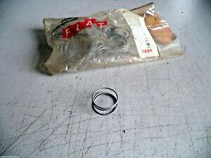 MOLLA CLACSON FIAT 127 - 4390874 - 28,8X31X15 mm