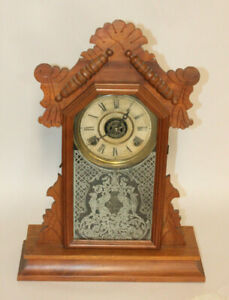 Antique-E-Ingraham-Co-Bristal-Conn-Wood-Mantle-Clock-Not-Working