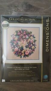 Dimensions-Wreath-of-Roses-70-003837-unopened
