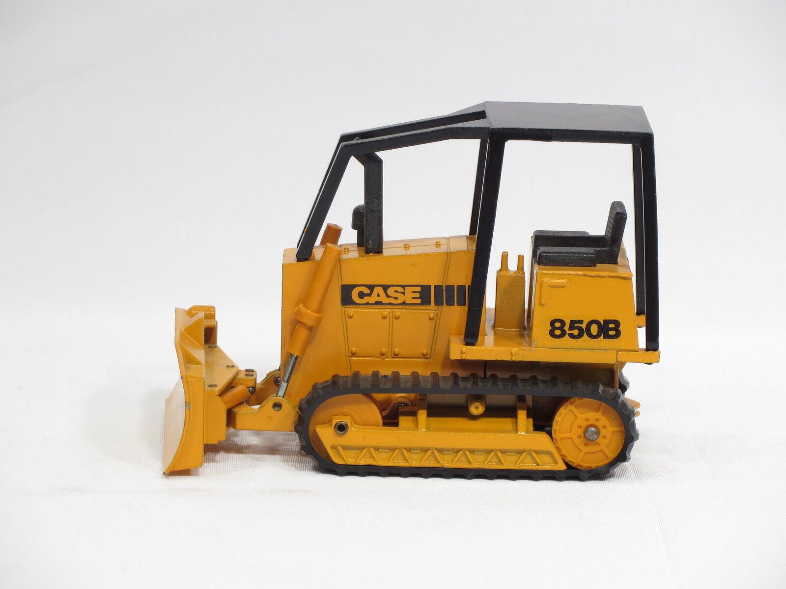 migliori prezzi e stili più freschi Case 850B Dozer - o c - 1 35 35 35 - NZG  176 - No scatola  fantastica qualità