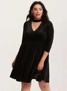Details about Torrid Womens Black Velvet Cutout Neck Skater Long Sleeve  Dress Plus Size 4 26
