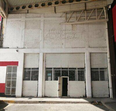 SE Renta Local Sobre AV DE Alto Flujo Excelente Ubicacion