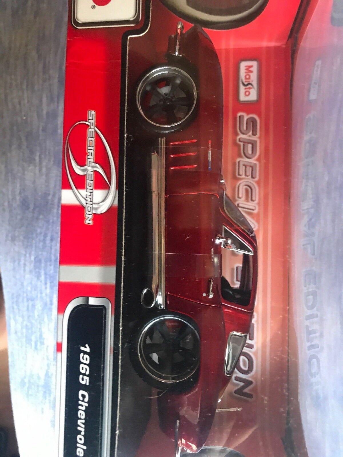 100% autentico 1965 rosso CHEVY CORVETTE CORVETTE CORVETTE 1 18 SCALE  sconto di vendita