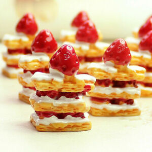 10PC-1-12-Dollhouse-Miniature-Strawberry-Cake-Food-Bread-Kitchen-Resin-Accessory
