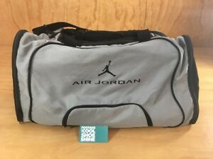 46203e1cefab59 Nike Air Jordan Jumpman Logo Gym Duffle Bag w  Shoe Compartment Gray ...