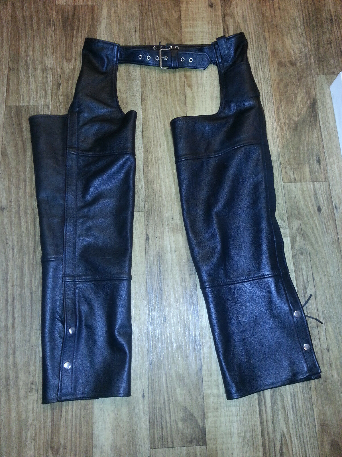Womens  FMC Leather Chaps size Large worn once   high quality