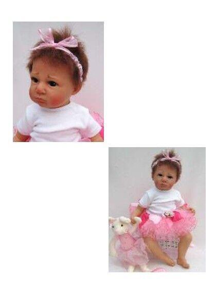 Btuttierina 1  Sweet bambino bambino bambino bambola by Marie-MISCHELL  completare con giocattolo Mouse    904069