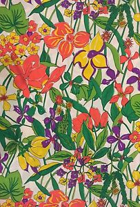 Vintage-60-039-s-70-039-s-Floral-Fabric-Orange-Yellow-Green-purple-Retro-2-25-yds-x-50-034