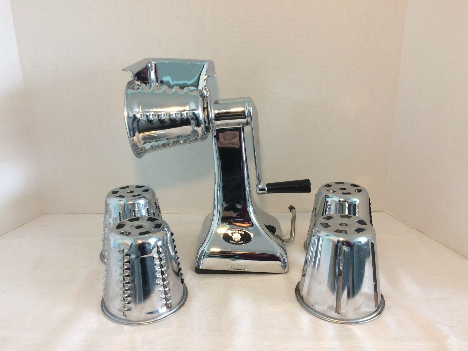 Vintage Miracle Maid Food Processor Vegetable Slicer Chopper + 5 CONES West Bend